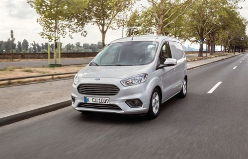 Ford TRANSIT_Courier _Limited _